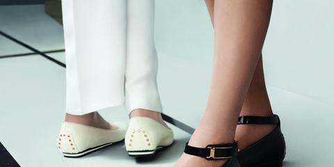 Footwear, Shoe, Joint, Human leg, Style, Fashion, Tan, Foot, Beige, Toe,