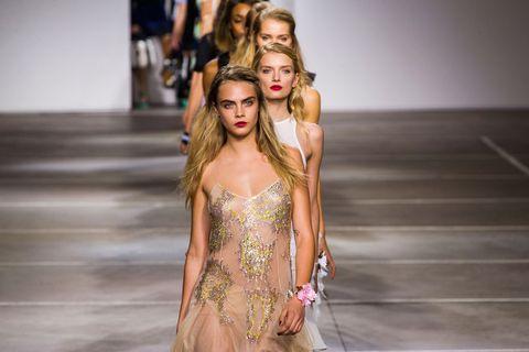 Human body, Shoulder, Fashion, Dress, Fashion model, Street fashion, Youth, Waist, Day dress, Long hair,