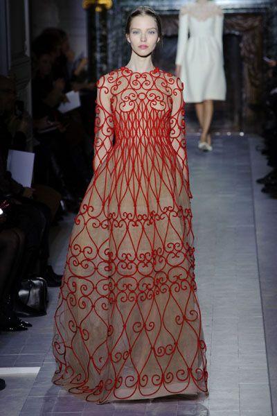 Clothing, Fashion show, Shoulder, Dress, Runway, Fashion model, Style, One-piece garment, Formal wear, Fashion,