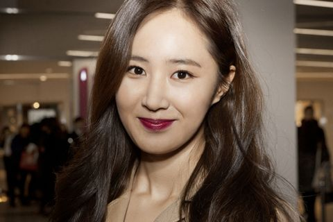 Hair, Lip, Cheek, Hairstyle, Chin, Forehead, Eyebrow, Eyelash, Happy, Jewellery,