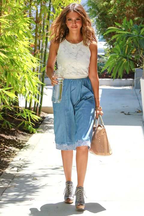Clothing, Brown, Green, Shoulder, Textile, Joint, White, Bag, Style, Summer,
