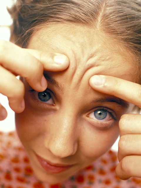 Finger, Lip, Cheek, Skin, Forehead, Eyelash, Eyebrow, Nail, People in nature, Organ,