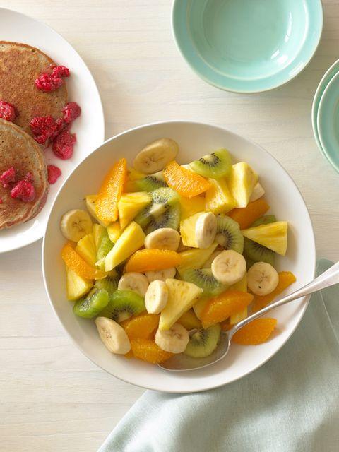 Food, Serveware, Dishware, Produce, Tableware, Vegetable, Ingredient, Plate, Natural foods, Bowl,