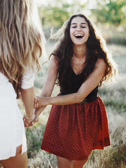 Hair, Hairstyle, Hand, Happy, People in nature, Facial expression, Style, Summer, Waist, Long hair,