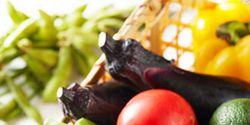 Vegan nutrition, Food, Produce, Ingredient, Whole food, Natural foods, Food group, Vegetable, Fruit, Tableware,
