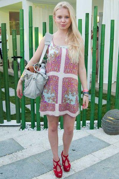 Product, Dress, Textile, Bag, Pink, Fashion accessory, Pattern, Street fashion, One-piece garment, Magenta,