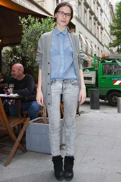 Clothing, Tire, Leg, Trousers, Denim, Textile, Shirt, Outerwear, Jeans, Coat,