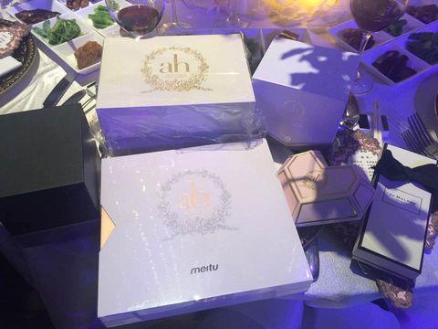 Purple, Lavender, Violet, Perfume, Cobalt blue, Material property, Cosmetics, Present,