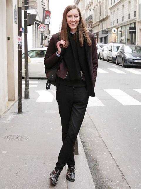 Clothing, Collar, Outerwear, Street, Style, Street fashion, Fashion accessory, Fashion, Blazer, Bag,