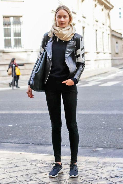 Clothing, Textile, Outerwear, White, Street fashion, Style, Bag, Fashion, Beauty, Black,