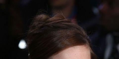 Lip, Hairstyle, Forehead, Shoulder, Eyebrow, Eyelash, Sleeveless shirt, Style, Beauty, Fashion,