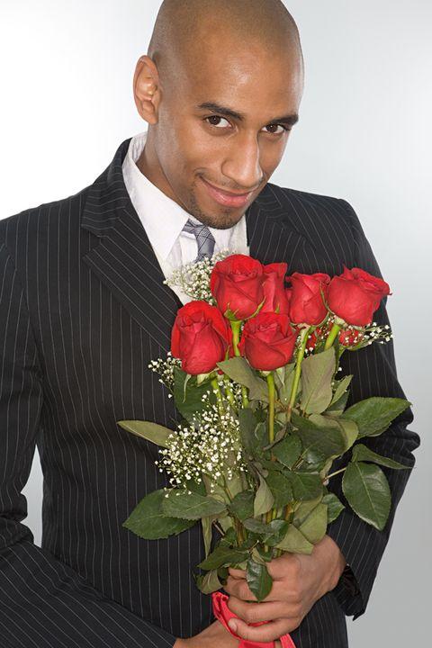 Petal, Bouquet, Collar, Flower, Dress shirt, Outerwear, Coat, Formal wear, Floristry, Suit,