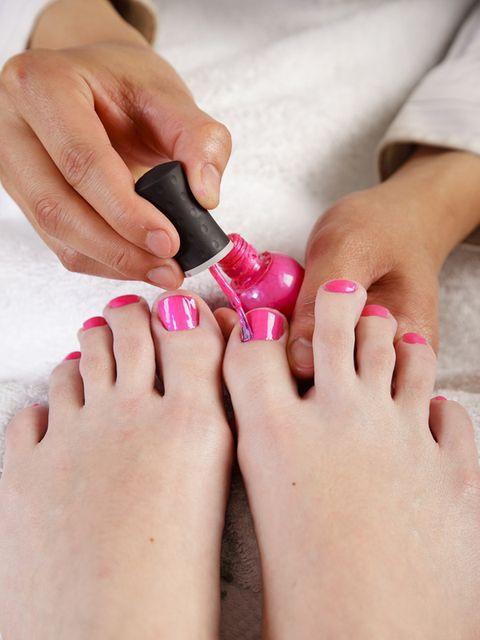 Finger, Skin, Nail, Joint, Red, Pink, Toe, Nail care, Nail polish, Wrist,