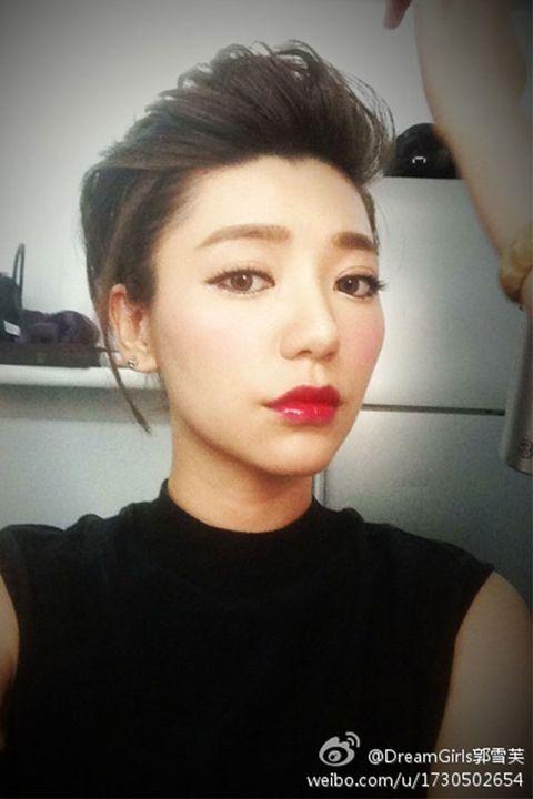 Lip, Hairstyle, Chin, Forehead, Eyebrow, Eyelash, Style, Jaw, Beauty, Black hair,