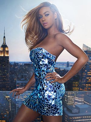 Blue, Hairstyle, Dress, Shoulder, Joint, Style, One-piece garment, Electric blue, Waist, Beauty,