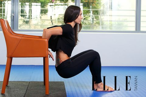 Leg, Human leg, Shoulder, Elbow, Exercise, Sitting, Physical fitness, Active pants, Knee, Thigh,