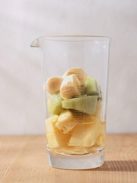 Fluid, Liquid, Glass, Produce, Ingredient, Peach, Flowering plant, Fruit, Transparent material, Recipe,