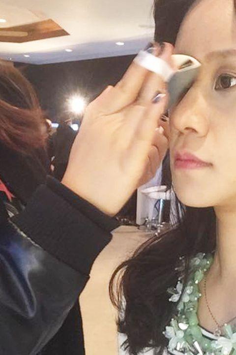 Lip, Hairstyle, Skin, Forehead, Eyebrow, Eyelash, Beauty salon, Makeup artist, Jewellery, Beauty,