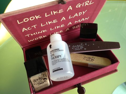 Liquid, Fluid, Brown, Bottle, Tints and shades, Beauty, Cosmetics, Beige, Maroon, Peach,