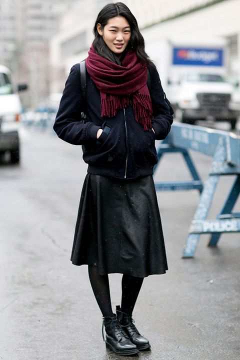 Clothing, Sleeve, Human body, Textile, Winter, Outerwear, Style, Street fashion, Fashion accessory, Stole,