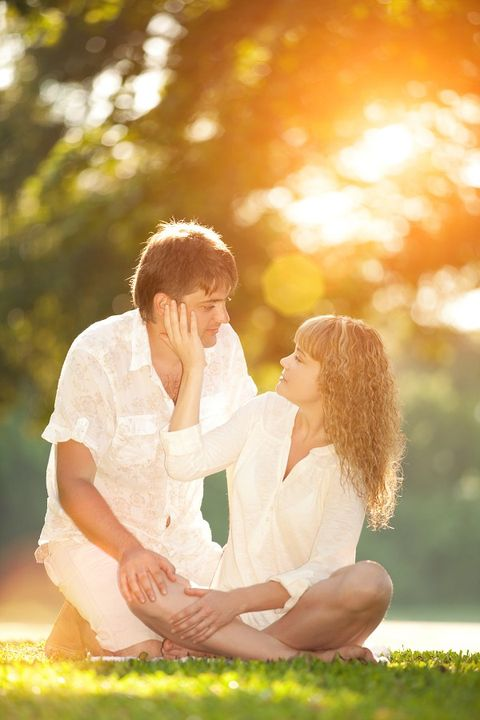 Photograph, Happy, People in nature, Sitting, Sunlight, Romance, Interaction, Love, Honeymoon, Gesture,