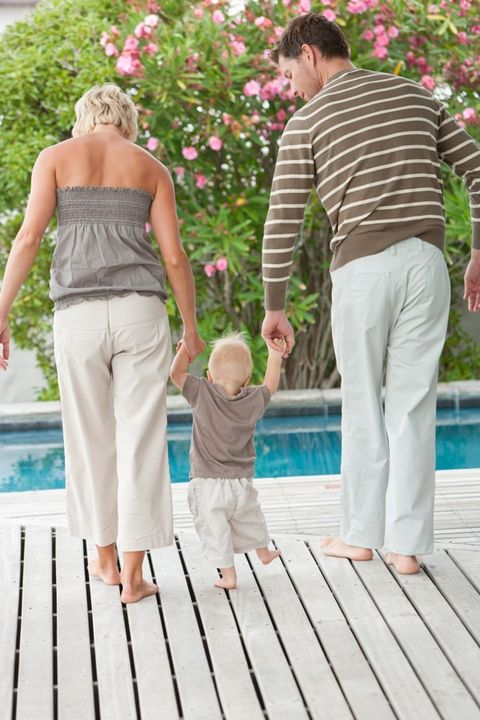 Human, Arm, Leg, People, People in nature, Barefoot, Summer, Petal, Foot, Baby & toddler clothing,