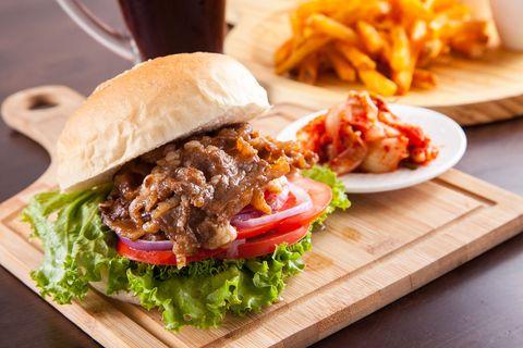 Food, Cuisine, Finger food, Tableware, Ingredient, Dish, French fries, Fried food, Leaf vegetable, Vegetable,