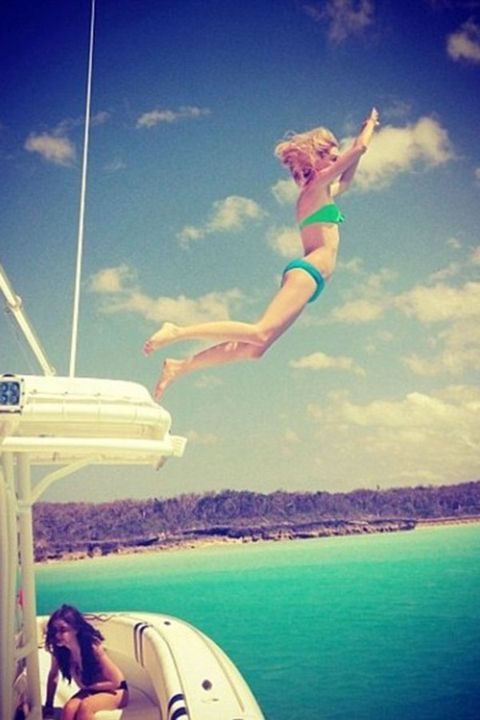 Sky, Fun, Recreation, Leisure, Tourism, Summer, People in nature, Aqua, Vacation, Beauty,