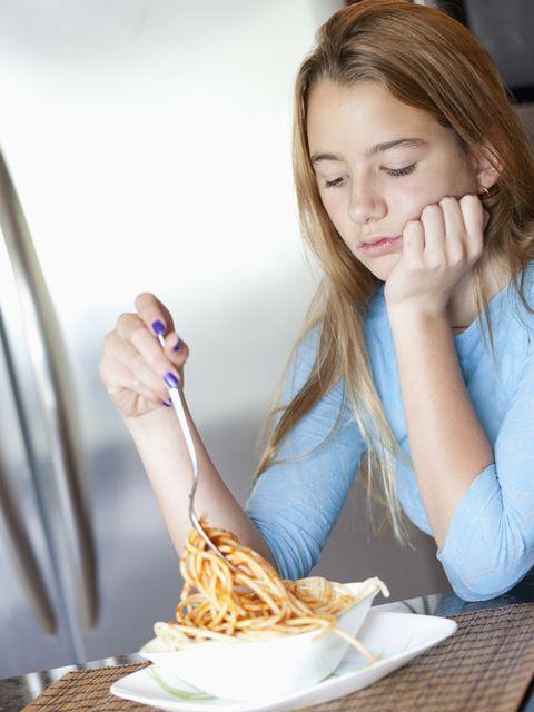 Cuisine, Dish, Eyelash, Tableware, Meal, Ingredient, Eating, Comfort food, Plate, Brown hair,