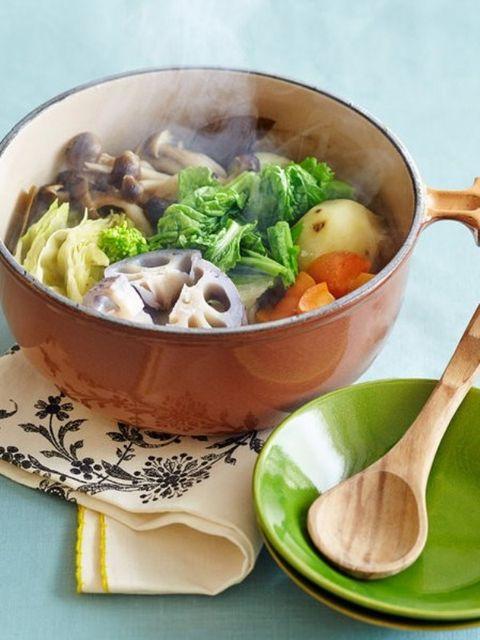 Food, Cuisine, Ingredient, Dishware, Bowl, Kitchen utensil, Produce, Serveware, Cutlery, Tableware,