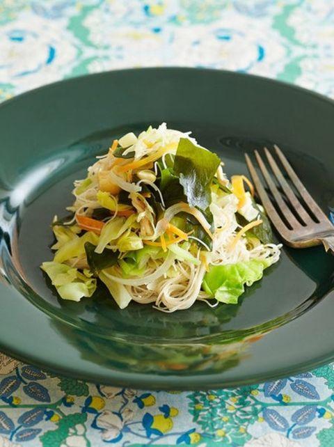 Dishware, Food, Serveware, Cuisine, Ingredient, Tableware, Plate, Kitchen utensil, Produce, Recipe,