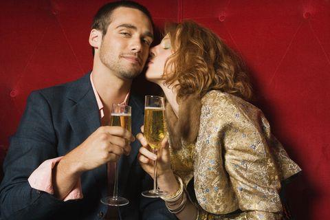 Drinkware, Wine glass, Stemware, Drink, Alcohol, Alcoholic beverage, Glass, Interaction, Distilled beverage, Tableware,