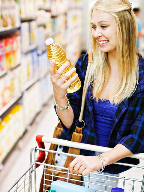 Retail, Grocery store, Long hair, Convenience store, Supermarket, Blond, String instrument accessory, Snack, Shelf, Brown hair,