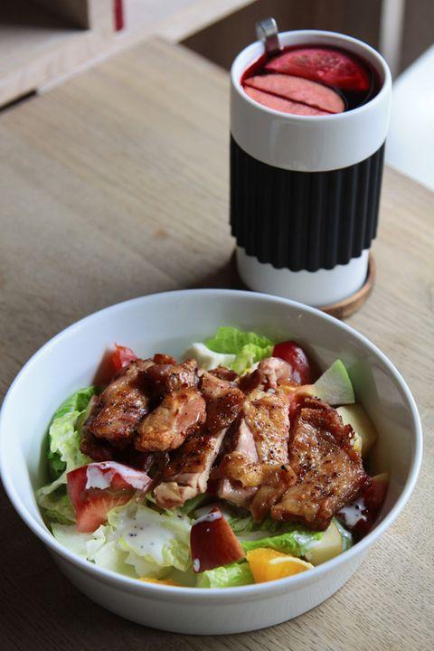 Food, Cuisine, Ingredient, Meat, Tableware, Dish, Leaf vegetable, Recipe, Salad, Dishware,