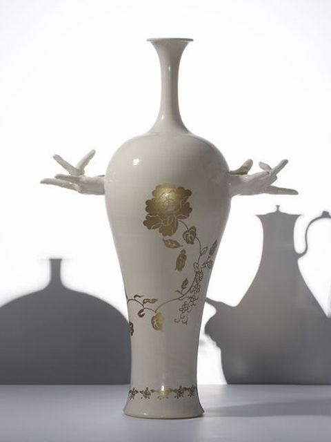 Serveware, Porcelain, Dishware, Ceramic, Artifact, earthenware, Still life photography, Pottery, Art, Vase,