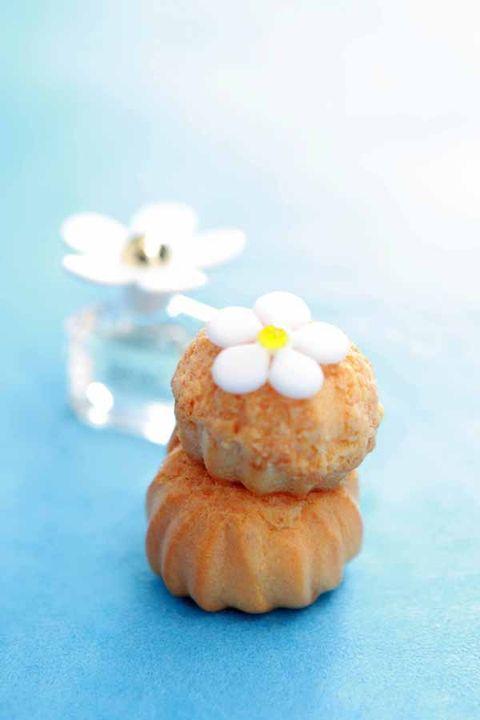 Cuisine, Finger food, Food, Ingredient, Dessert, Sweetness, Petal, Dish, Recipe, Baked goods,