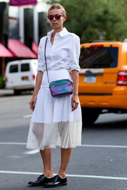 Clothing, Eyewear, White, Sunglasses, Bag, Style, Street fashion, Fashion accessory, Street, Pattern,