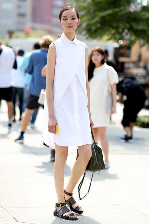 Clothing, Footwear, Leg, Shoulder, Human leg, Photograph, Collar, Street, Street fashion, Style,