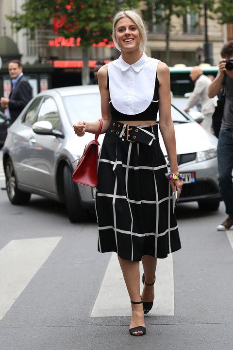 Clothing, Land vehicle, Shoulder, White, Car, Street fashion, Style, Bag, Street, Pattern,
