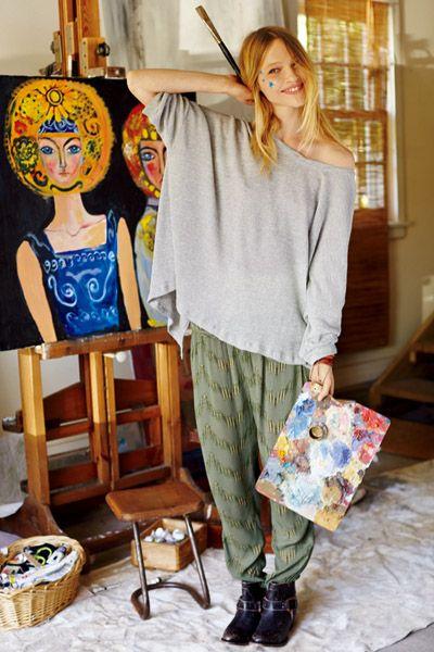 Textile, Outerwear, Bag, Style, Basket, Fashion, Street fashion, Visual arts, Paint, Boot,