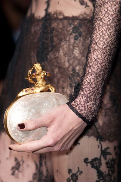 Finger, Hand, Wrist, Bracelet, Brass, Invertebrate, Waist, Back, Arthropod, Bronze,