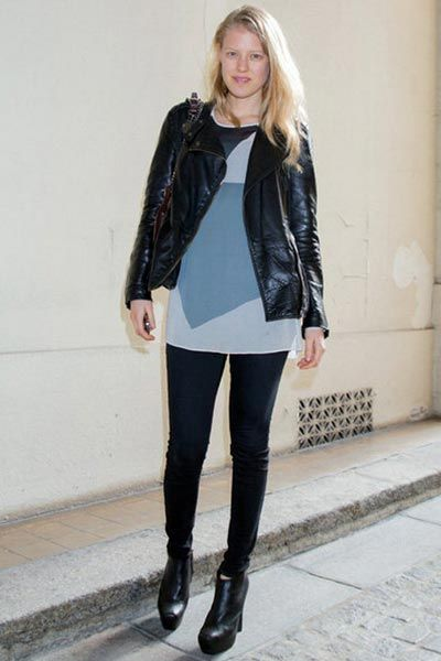 Clothing, Sleeve, Textile, Joint, Outerwear, Style, Street fashion, Boot, Knee, Leather,