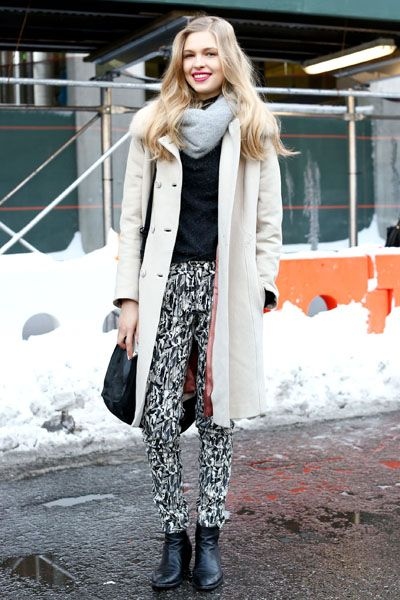 Clothing, Winter, Textile, Outerwear, Coat, Boot, Style, Street fashion, Knee, Fashion,