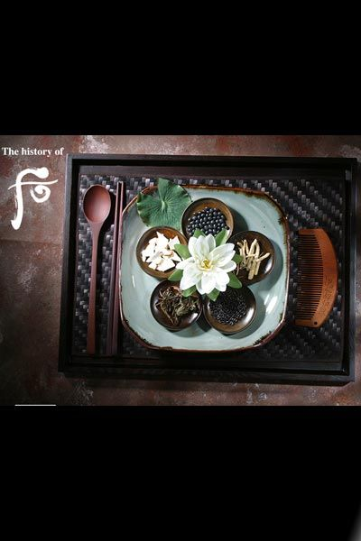 Petal, Dishware, Still life photography, Flowering plant, Artificial flower, Still life,