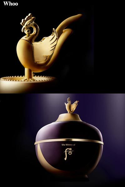 Elbow, Still life photography, Metal, Sculpture, Gemstone, Symbol, Artifact, Body jewelry, Ball, Sphere,