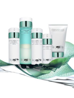 Product, Green, Lens, Teal, Aqua, Turquoise, Beauty, Material property, Cylinder, Skin care,