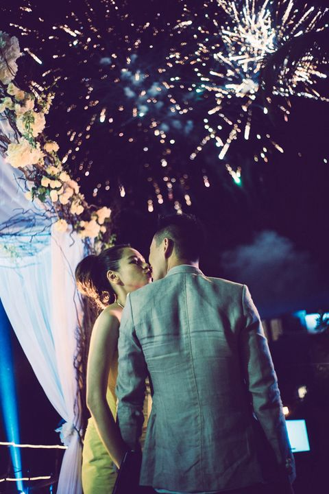 Event, Dress, Interaction, People in nature, Holiday, Romance, Ceremony, Love, World, Fireworks,
