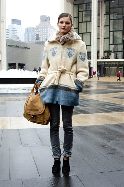 Clothing, Brown, Winter, Textile, Outerwear, Bag, Style, Street fashion, Pattern, Fashion accessory,