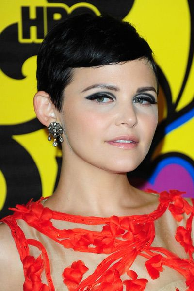 Hair, Ear, Nose, Earrings, Yellow, Hairstyle, Eyelash, Chin, Style, Black hair,