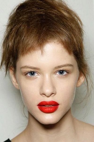 Mouth, Lip, Cheek, Hairstyle, Skin, Chin, Forehead, Eyelash, Shoulder, Eyebrow,